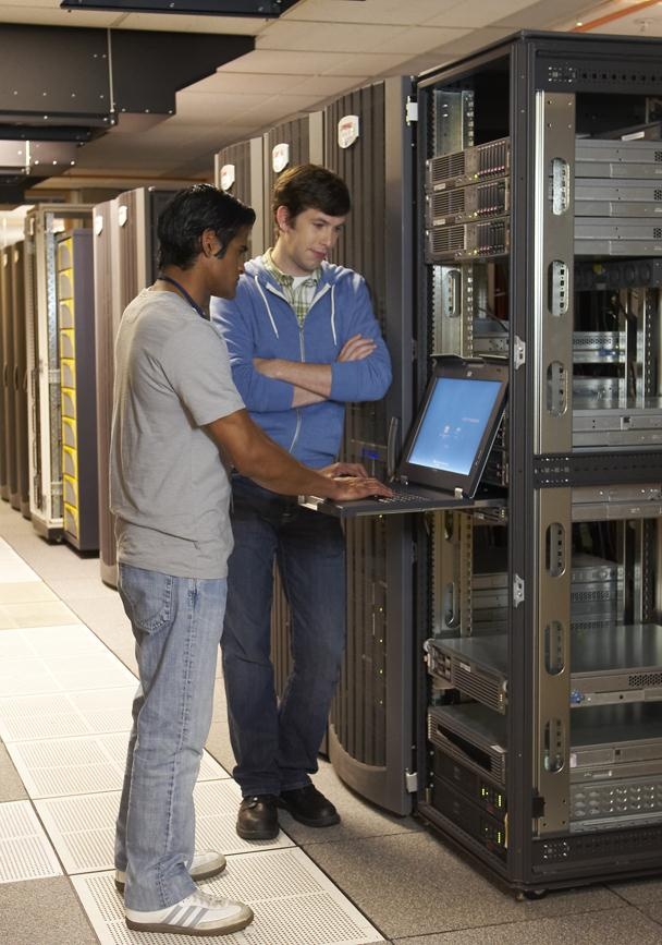 High Availability with Windows Server 2012 Release Candidate Windows Server 2012 Release Candidate (RC) delivers innovative new capabilities that enable you to build dynamic storage and availability
