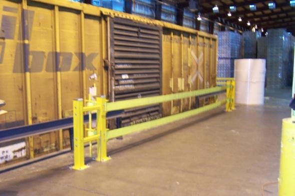 GUARDRITE STRAP BARRIER Stopping power is critical, but the importance of an industrial safety barrier s role as a visual barrier cannot be overstated.