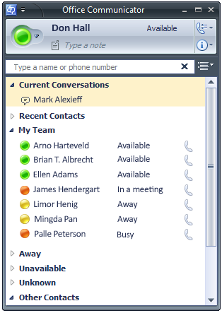 Microsoft Office Communicator 2007 R2 Getting Started Guide 15 Create a Contact Group You can create contact groups to organize the people in your Contact List.