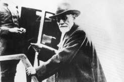 Sigmund Freud (1856-1939) Founder of