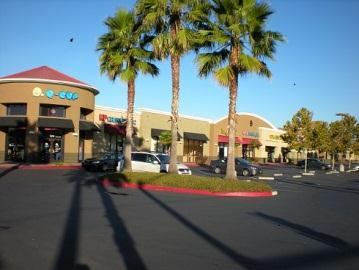 Retail Management Experience GS Management Company s retail portfolio includes neighborhood shopping centers and strip shopping centers.