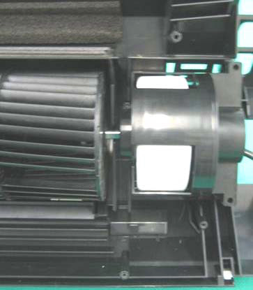 No. Part name Procedures Remarks 7 Cross flow fan <Caution at reassembling> 1) To incorporate the fan motor, remove the fan motor rubber (at shaft core side), incorporate the motor into the position