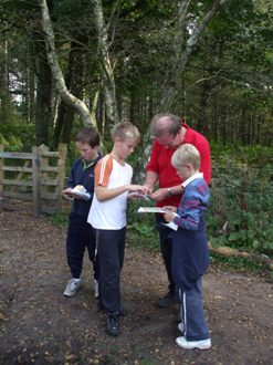 2. TRAINING In order to deliver a high quality orienteering programme within your school, British Orienteering recommends that teachers obtain training on how to deliver orienteering in a progressive