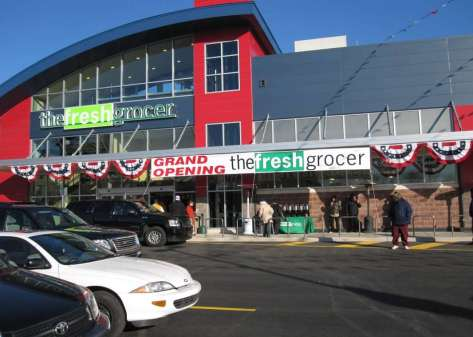 Success Story: PA Fresh Food Financing Initiative 88 approved stores in PA urban/rural areas $190 million total invested 1.7 million sq. ft.