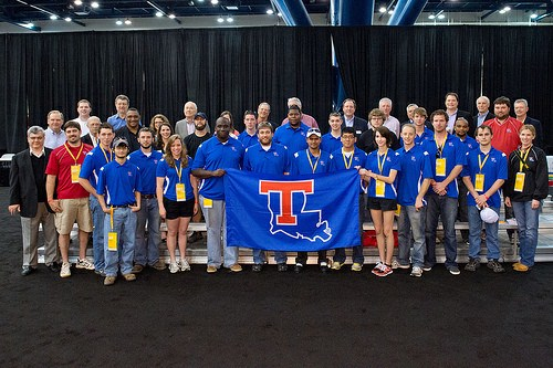 Alumni News Members of the Engineering and Science Foundation Board join the Tech Eco-marathon team and faculty sponsors at the opening ceremony in Houston Engineering Alumnus Takes Different Path