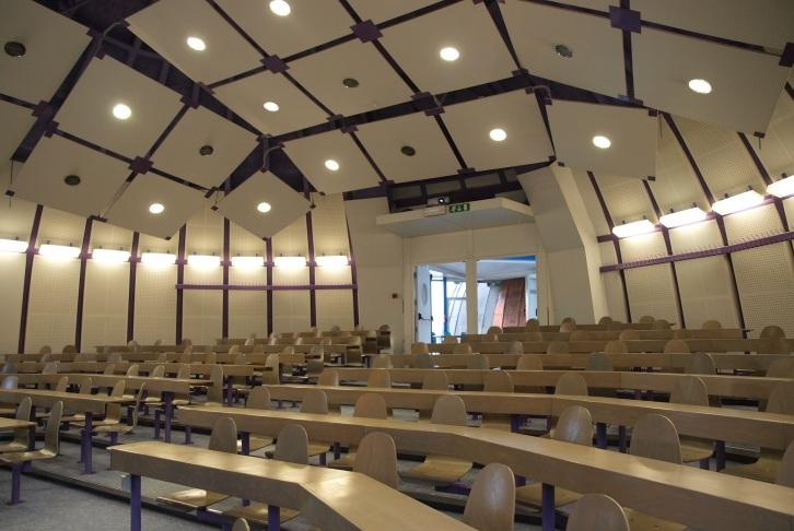 Venue and facilities Modern, well-equipped classrooms Free