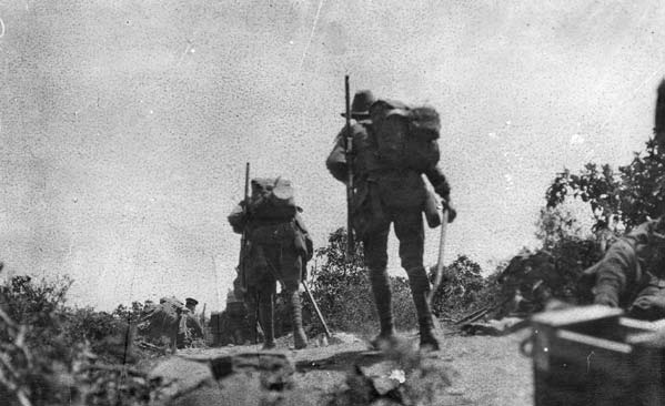 WHY THE AUSTRALIANS WERE AT GALLIPOLI By 1915 the fighting on the Western Front was deadlocked and lines of German troops faced French and British forces from Switzerland to the English Channel.