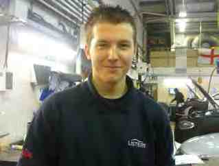 CASE STUDY Daryl Jones Vehicle Technician, Listers Volkswagen I m 17 years old and live in Nuneaton, Warwickshire.