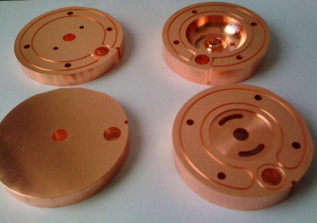 5.1.2.2 Mechanical design, machining technology and results The test cavity II is made of four OFE copper segments.