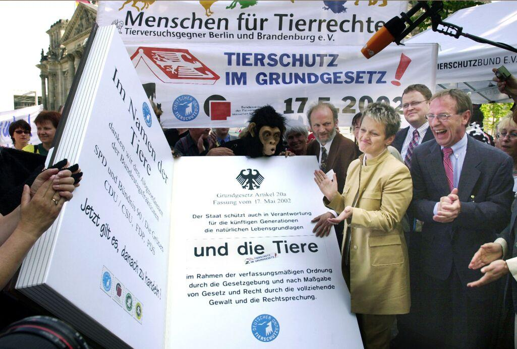 German Animal Protection law (Tierschutzgesetz) 1 According to this legislation, humans are responsible for animals as