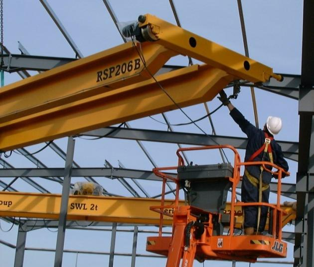 TRAINING Operators of Safelift overhead travelling cranes must be trained in the safe use of the equipment, as required by The Management of Health and Safety at Work Regulations 1999, The Provision
