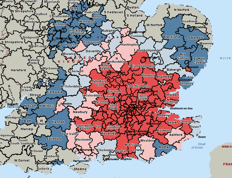 Figure 3 - Overlap of districts within 120 minutes Source: CAA analysis of DfT surface access data Blue: 1 airport; Light blue: 2 airports; Light red: 3 airports; Red: 4 airports 2.