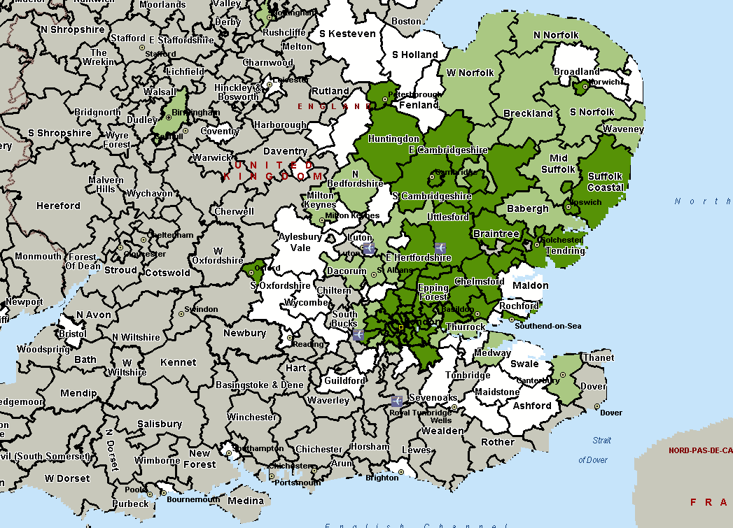 unique districts (with regard to the four major London airports), compared to 3 districts when passenger usage is ranked by surface travel time. 4.
