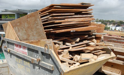 Wood being collected for recycling and reuse Zero Carbon in the construction process Reducing CO 2 emissions during the build was a key element of the construction section of the Sustainability