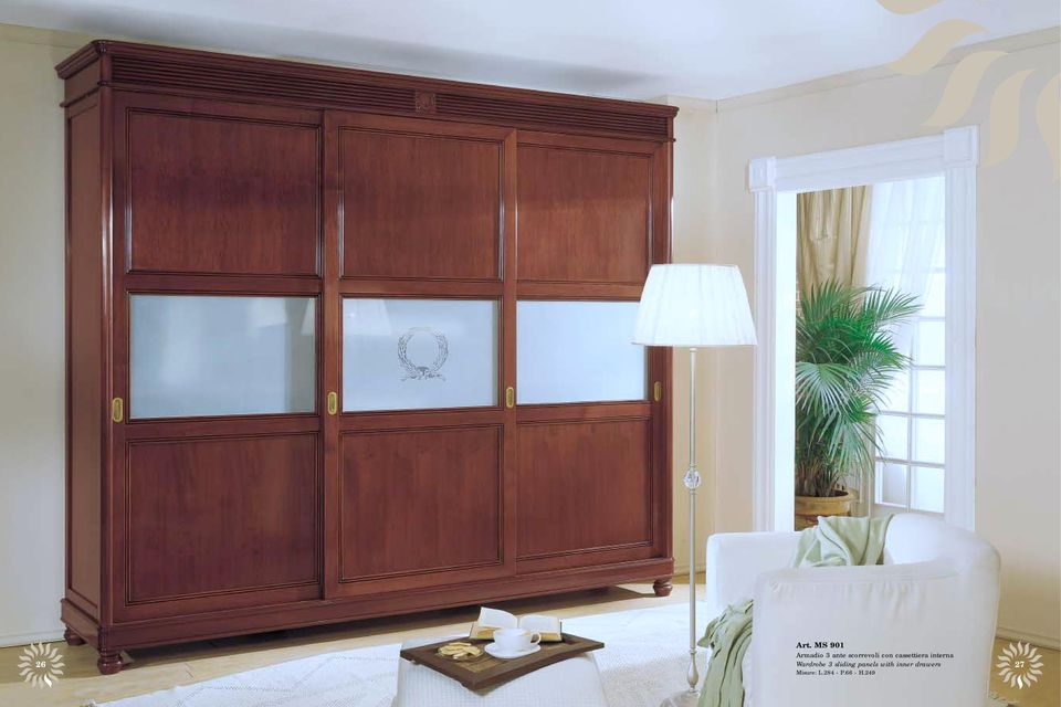 26 Wardrobe 3 sliding panels with