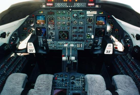 ease of control Vision Flight Deck is industry s first to feature
