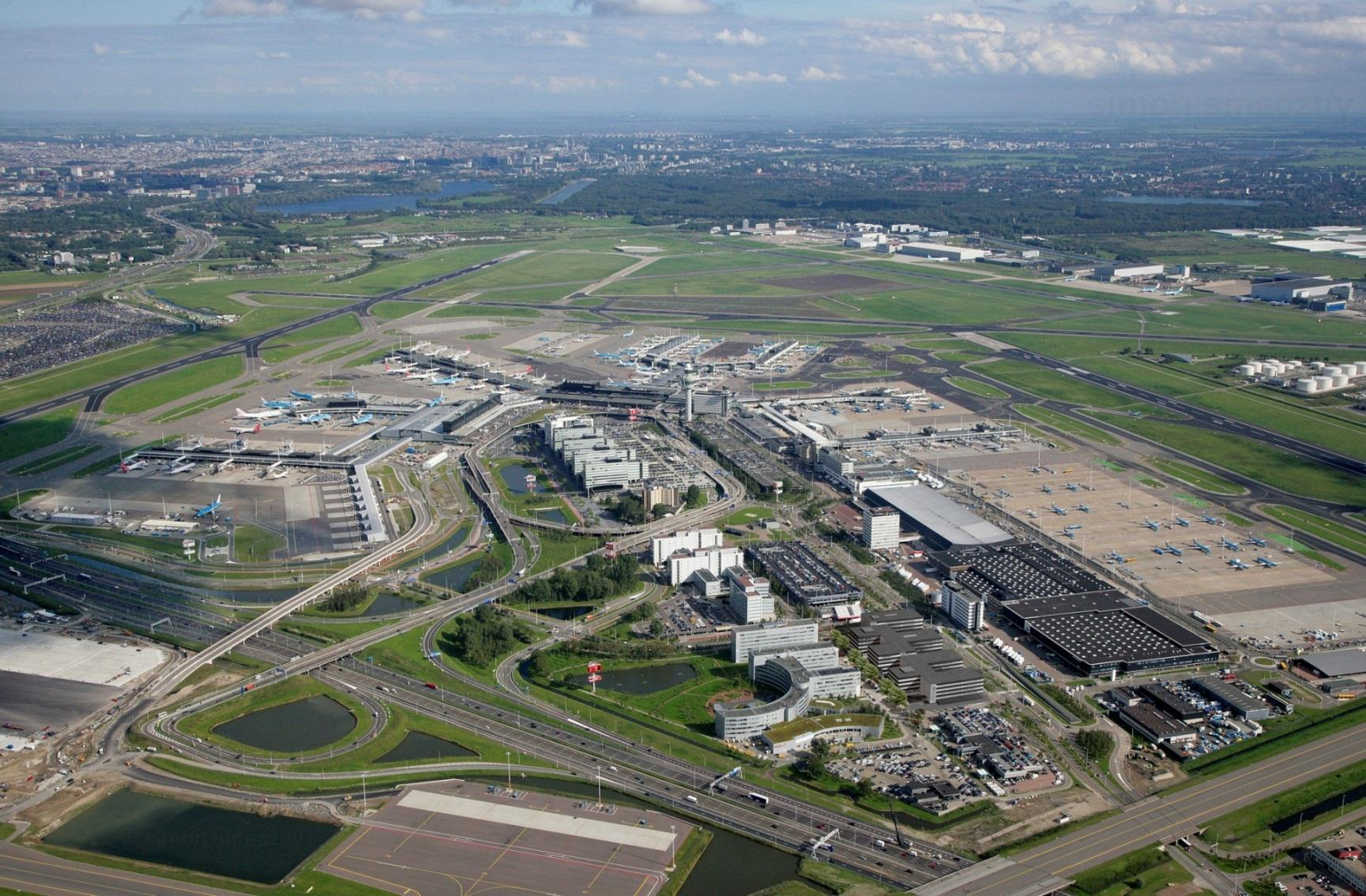 Today, Amsterdam Airport Schiphol is one of largest (hub) airports in the world and of great importance to the national economy Economic importance Location Amsterdam