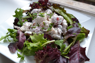 TARRAGON CHICKEN SALAD ON ORGANIC GREENS Ingredients: Serves 6 to 8. Adjust as necessary.