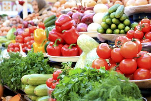 Phytochemicals Substances found in plants that reduce risk of cancer and heart disease Found in