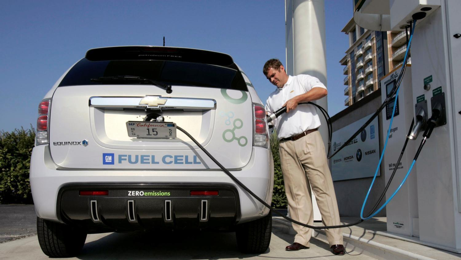 Benefits of Hydrogen Fuel Cells Zero petroleum