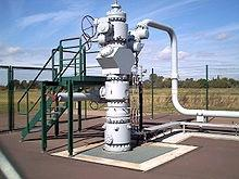 Wellhead Production Gas produced into gathering pipelines Gas Gathering Pipelines (low pressure) Gas transported from the wellhead to compression facilities Compression Provides low pressure service