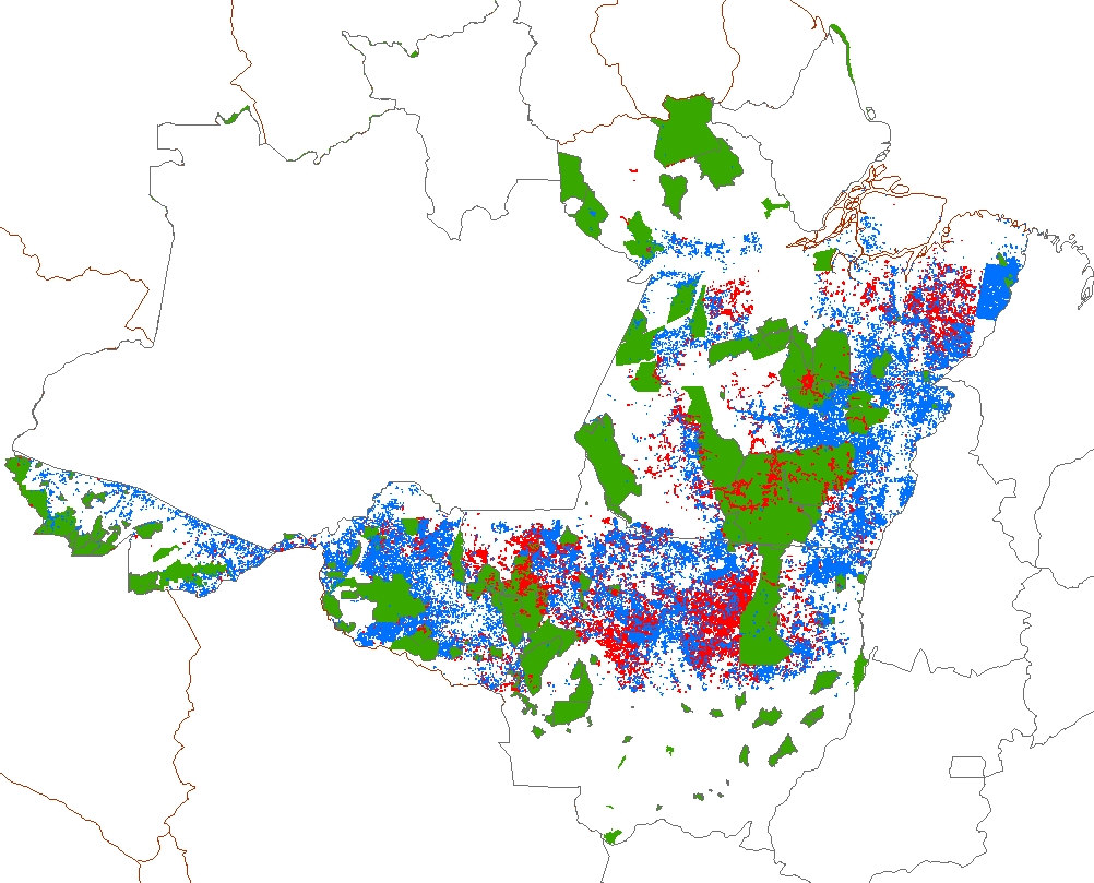 Fig. 2. A map of deforestation (blue) and selective logging (red) in the Brazilian states of Para, Mato Grosso, Rondonia and Acre covering the years 1999-2002.
