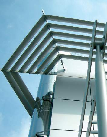 brise soleil Fixed or mobile Anodised or full range of RAL powder coating Self-supporting or choice of supporting systems System design for curved wall buildings Extended canopies including walkways