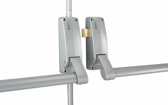 BRITON 377 PUSH BAR-DOUBLE REBATED DOOR PANIC SET (COMPRISES OF 376, 378 AND 378DDS) Designed for use on double rebated door sets Two point locking for extra security Anti-thrust device, prevents