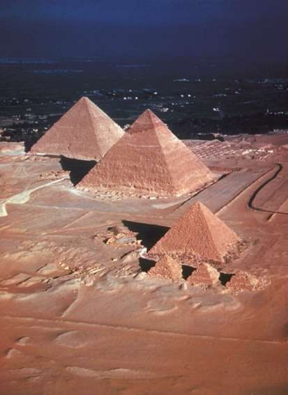 Great Pyramids, Giza, Old Kingdom Egypt, Limestone.