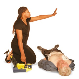 C CPR/Circulation Casualty not breathing Commence CPR (30 Compressions 2 breaths) Casualty breathing Check for bleeding and consider putting