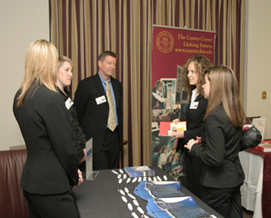What to Expect From a Career Fair What is a career fair?