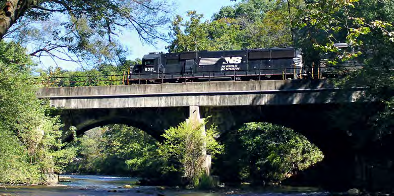 NORFOLK SOUTHERN S CORE SUSTAINABILITY ISSUES Norfolk Southern s sustainability vision is to perpetuate our corporate longevity and success for the benefit of our customers, investors, the