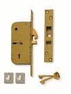 Masterkeyable with other detainer locks. Available on patented Chubb RKS system. 70mm mm 5 Detainer mortice lock which is suitable for sliding doors requiring an automatic closing action.