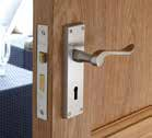 Suitable for use with doors that are 35-54mm thickness.