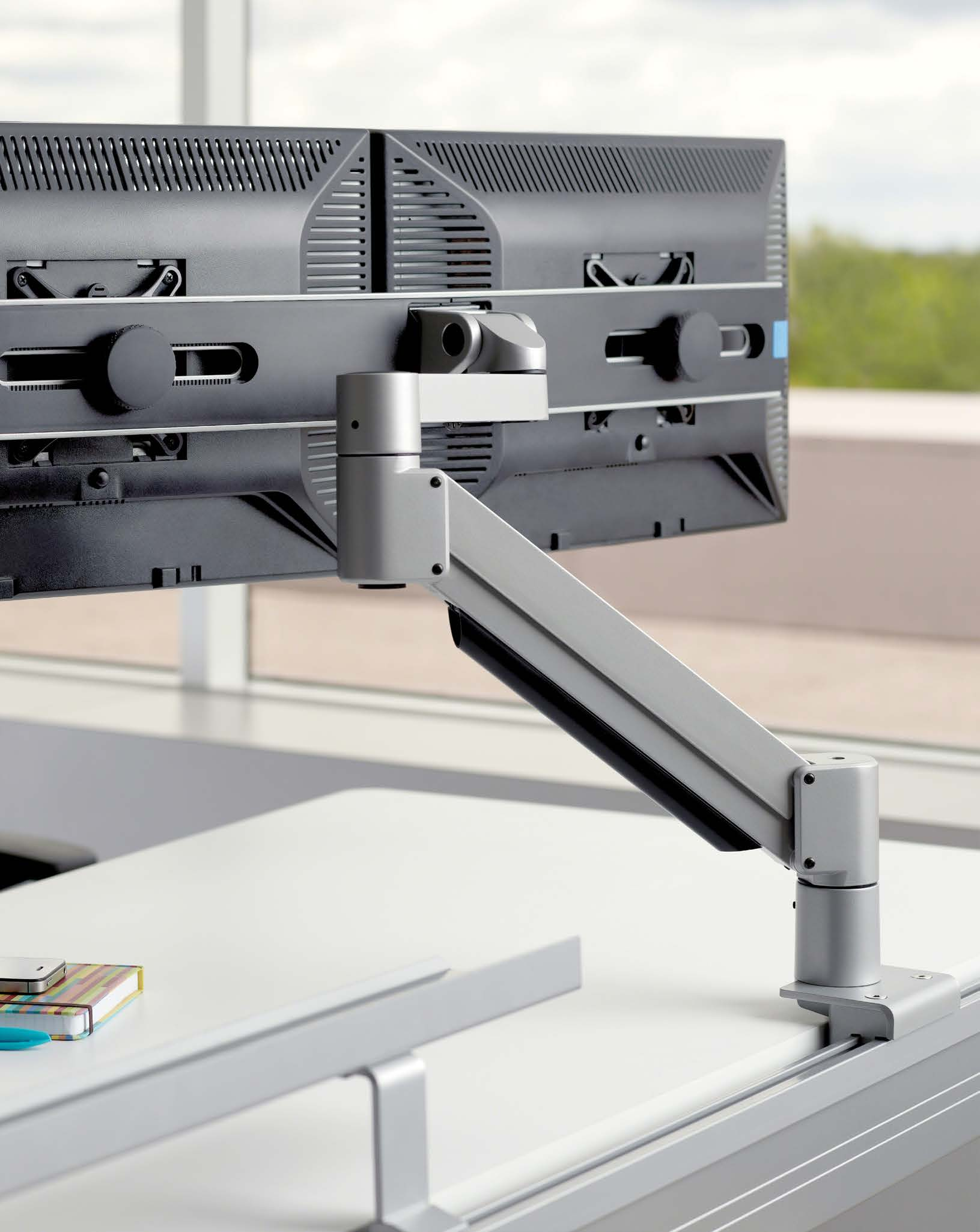 Personalized Monitor Display For single or dual monitors displayed side-by-side or stacked the CF Series Flat Panel Monitor Arm secures screens in the optimal position to meet a wide range of