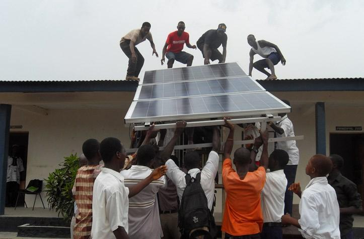 3 EFO Newsletter Solar Installed in Gbendembu Baptist Secondary School, and Solar Training Course completed in Gbendembu, Bombali District, Northern Sierra Leone EFO facilitated a training course