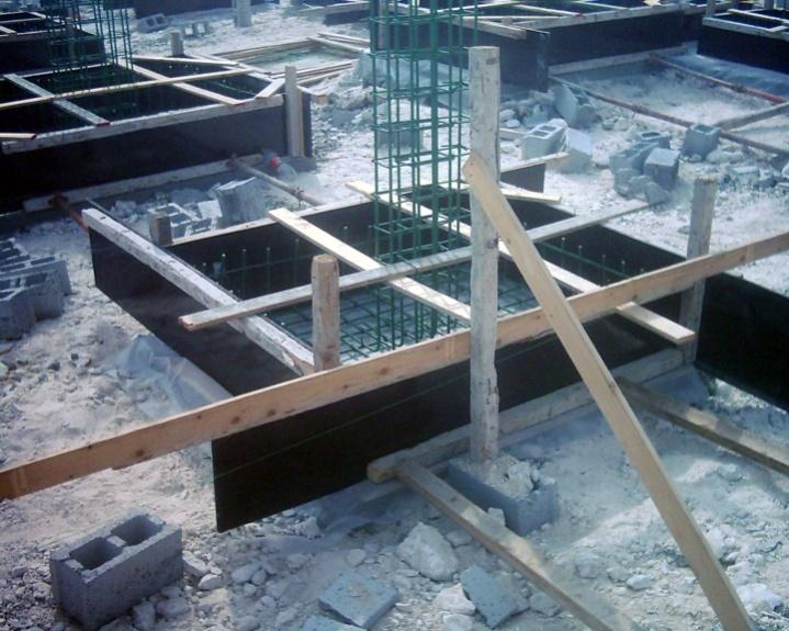 Structural Cost of Optimized Reinforced Concrete Isolated
