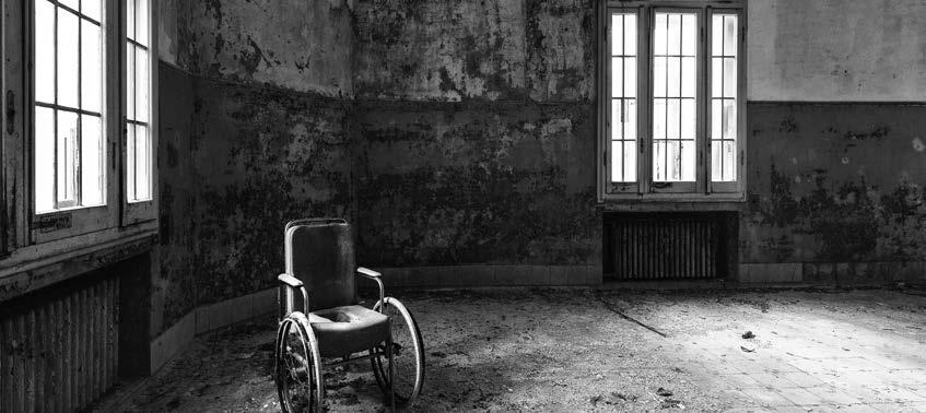52 Exhibition: Manicomio PSYCHIATRY AND ART Christoph Burger Touching photography perhaps the only people who are still interested in the mental asylums of the past are the photographers of the urban