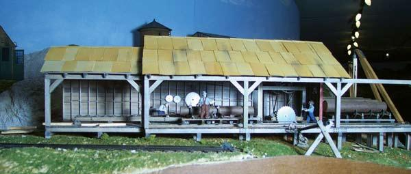 Scale o trains celebrating the art of 148 modeling marchapril using these plans i made a fixture to build the required number of roof rafters fandeluxe Gallery