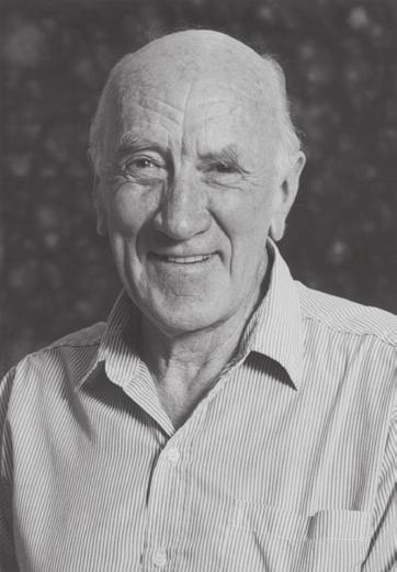 Emeritus Professor Wal Taylor (1930-2009) by Professor Lew Mander, ANU On 1 January 2 0 0 9 Australia lost one of its premier natural product chemists when Walter Charles Taylor finally succumbed to