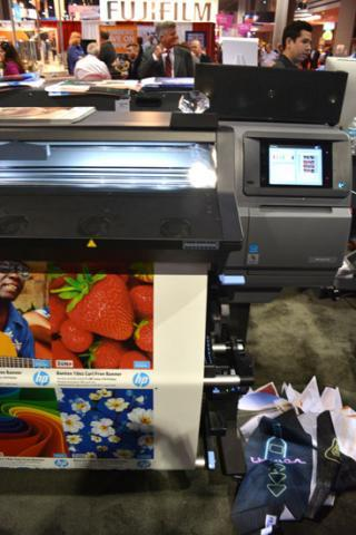 Its design and technologies enable sign, specialty graphics, and award and personalization companies to realize the benefits of digital printing with higher margins and lower production costs,