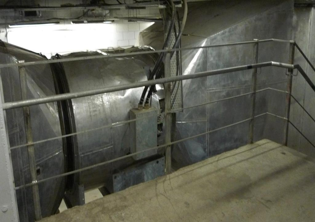 dampers. The connections to tunnels and shafts will be through damper units that may be either electrically or pneumatic actuated. Figure 9-2: Trackway Exhaust Fan 9.6.