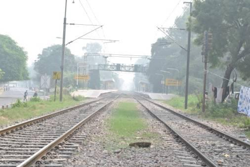 From here it will run parallel to the Ring Railway through Sewa Nagar and Lodi Colony Railway Stations.