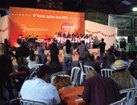 children s choir, while the closing of the festival was made by the band of Aon Affinity