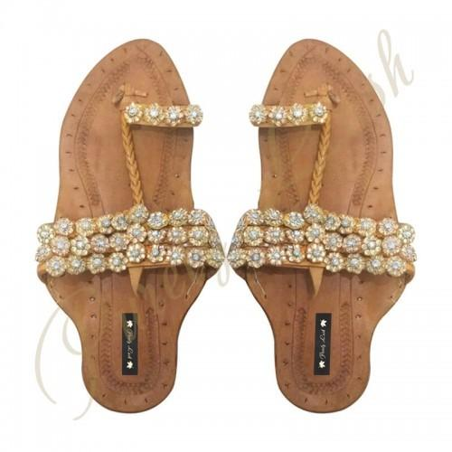 Get Coloured Kolhapuri Chappals Ladies Online Every woman wants a variety of footwear in her wardrobe. This could be possible if you go through e- commerce to shop your desirable footwear.