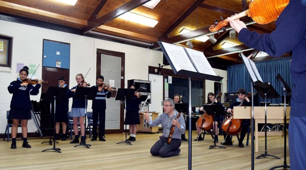 Davide Monti Maria and Madeleine On Monday 4 June, the Baroque Ensemble and students in the Baroque Orchestra had the privilege of experiencing a workshop with world-renowned Italian violinist Davide