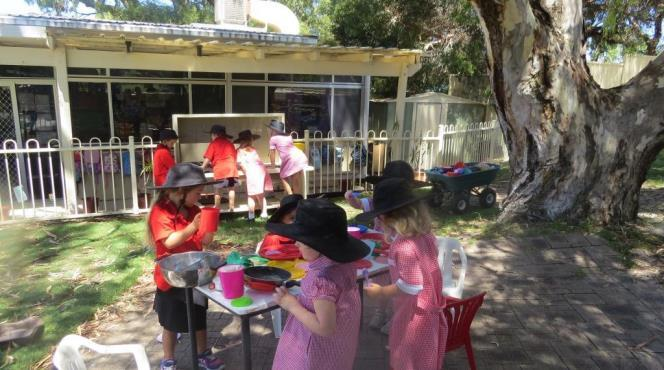 Kindy Garden This year Mr Coufos and his class have been helping out with the Kindy garden again.