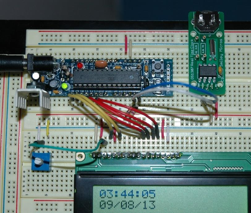 Add a DS1307 RTC clock to your AVR microcontroller - PDF