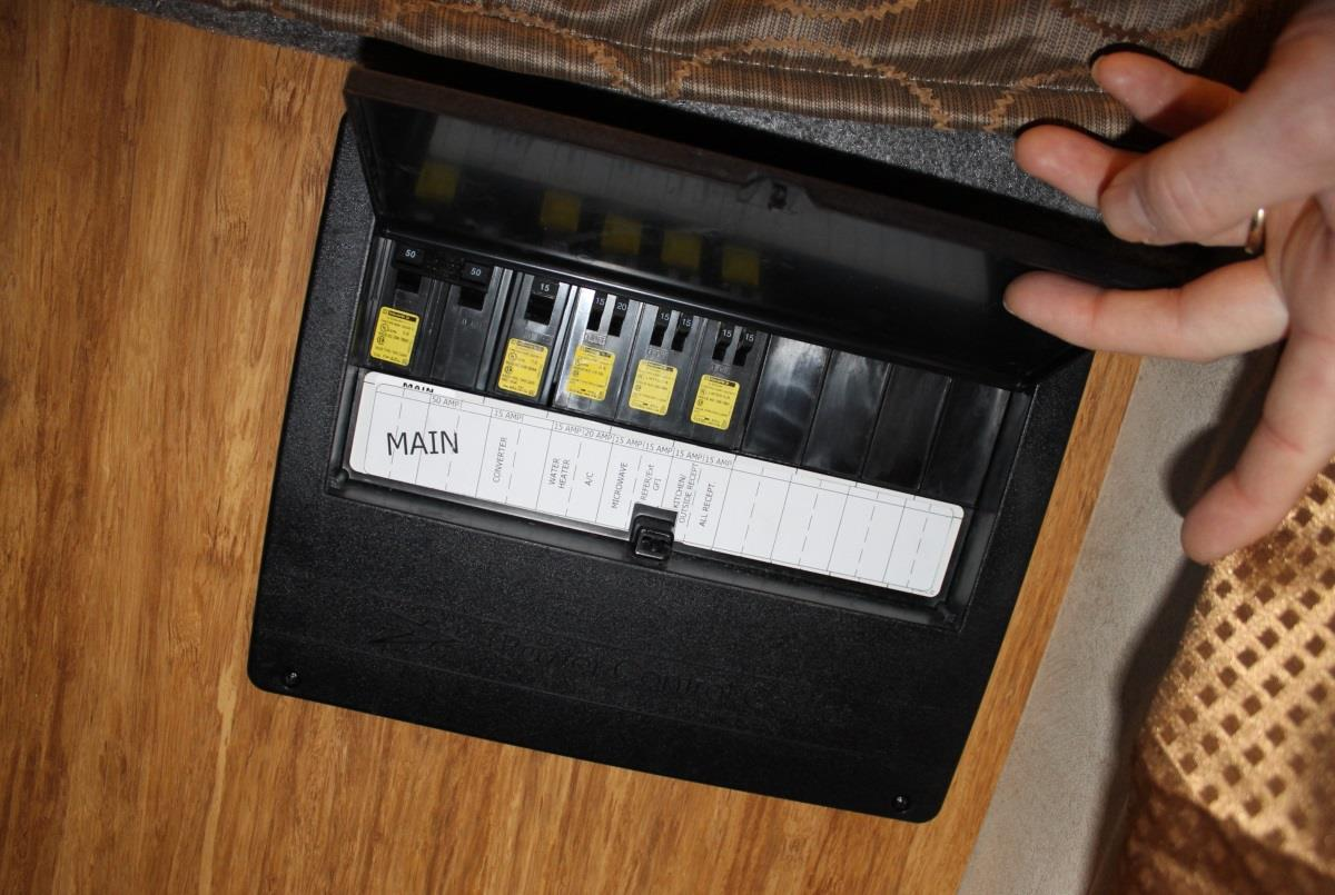 Villagio Owners Manual Pdf Can Am Renegade Fuse Box Location Where Is My Breaker What The Control
