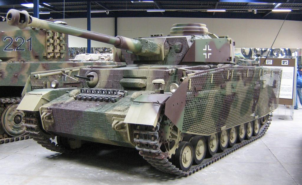 Surviving Panzer IV Tanks Last update : 23 May PDF